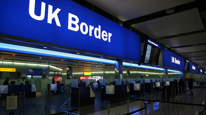 UK border guards 'unable to cope' with volume of migrants