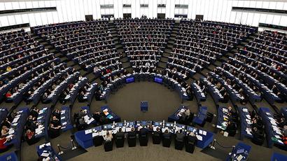 Members of the European Parliament take part in a voting session at the European Parliament in Strasbourg (Reuters / Vincent Kessler)