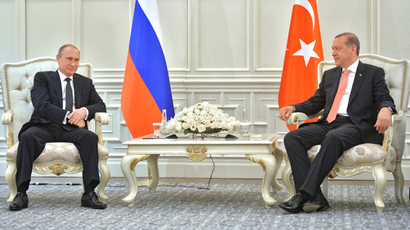 Russian President Vladimir Putin (L) and President of Turkey Recep Tayyip Erdogan during a meeting  in Baku, Azerbaijan June 13, 2015. (RIA Novosti / Alexei Druzhinin)