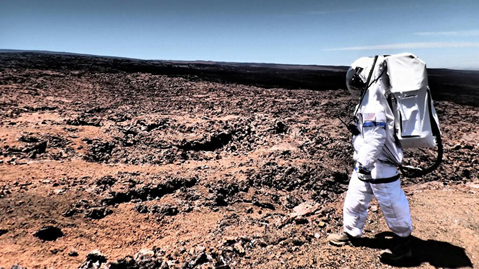 Scientists emerge from 8 months of simulated life on Mars