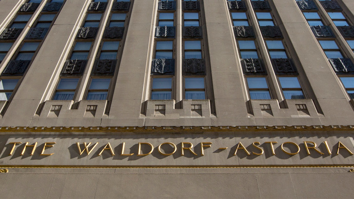 The Waldorf Astoria at 301 Park Avenue in New York (Reuters / Brendan McDermid)