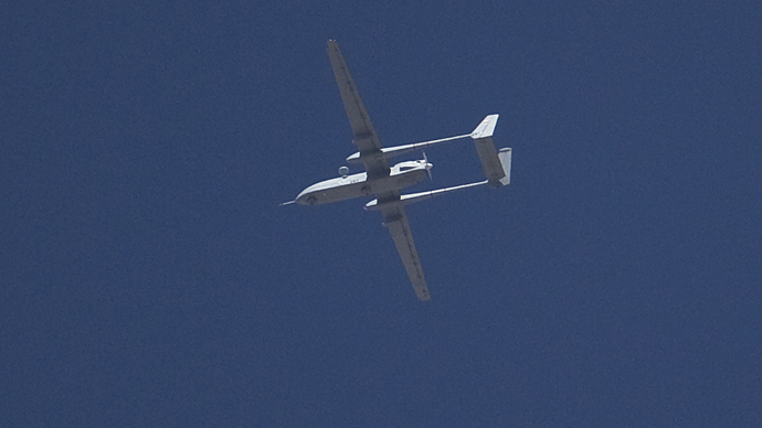 FILE PHOTO: An Israeli drone (Reuters / Ronen Zvulun)