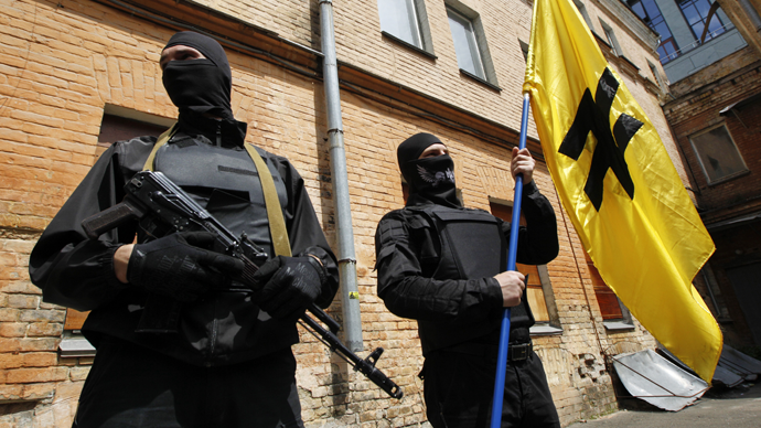 Fighters of Social Nationalist Assembly (SNA), part of ultra-nationalist Right Sector movement (Reuters / Valentyn Ogirenko)