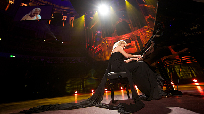 Ukraine-born classical pianist Valentina Lisitsa (AFP Photo / Andrew Cowie)