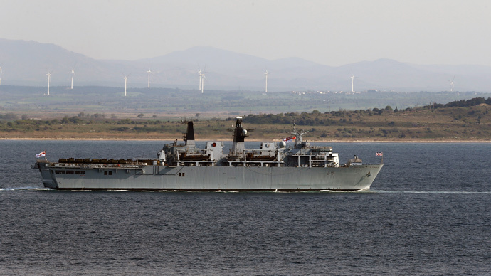 Royal Navy flagship, the HMS Bulwark (Reuters / Umit Bektas)
