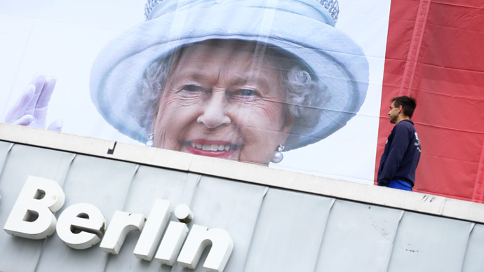 Sturgeon denies Scotland will cut Queen's subsidy, rebuffs Palace claims