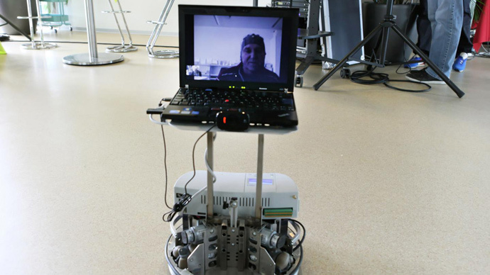 Avatar looks around: Mind controlled robot lets disabled people virtually travel