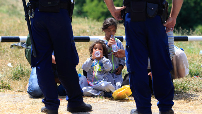 ​'Forced measure': Hungary to build fence along Serbia border to stop migrants