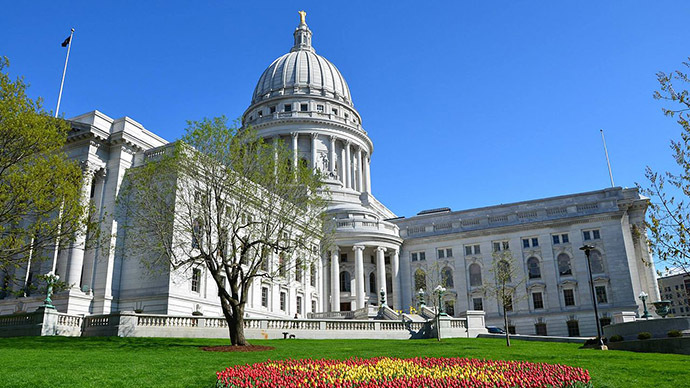 Wisconsin Capitol building evacuated over bomb threat