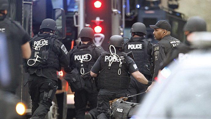 Police SWAT team members. (Reuters / Jim Bourg)