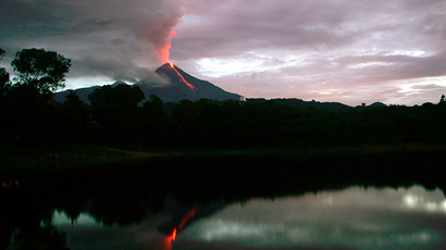 "Lava flows down from Mexico's ""Fire Volcano"" in Colima state (Reuters / Bernardo de Niz)"
