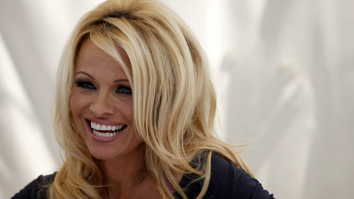 ​Dinner with Putin: Pamela Anderson wants to talk environment & animal rights with Russian president