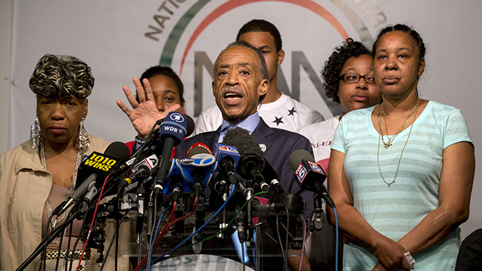 NYC police union calls Garner settlement 'obscene,' family renews push for criminal charges
