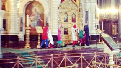 Pussy Riot come to Russia's main cathedral with blasphemous song (Photo by Ekaterina Fomina)