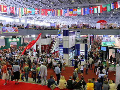 Moscow Book Fair at All-Russian Exhibition Center (Photo from www.moscow-photos.com)