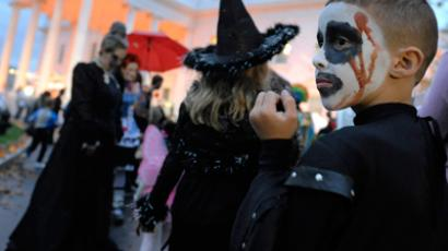 US school bans Halloween (Reuters / Jonathan Ernst)