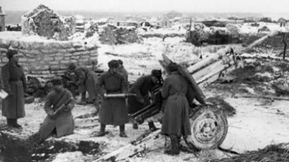 Red Army artillery gun crew during the Battle of Stalingrad (AFP Photo)