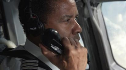 Denzel Washington in 'Flight' directed by Robert Zemeckis (image from kinopoisk.ru)
