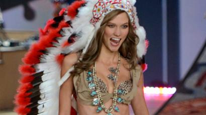 US model Karlie Kloss wears a native American Indian outfit during the 2012 Victoria's Secret fashion show November 7, 2012 in New York (AFP Photo / Timothy A. Clary)