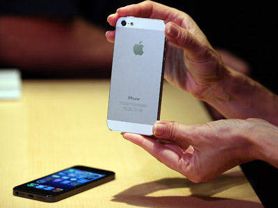 iPhone 5 to help Apple outrival Samsung on Chinese market?