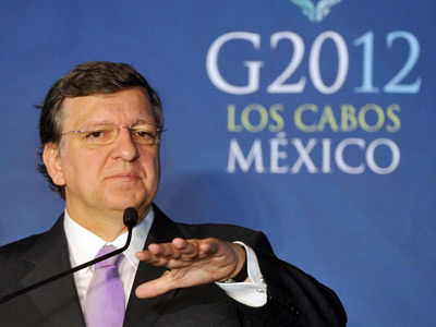 European Commission President Jose Manuel Durao Barroso gestures as he gives a press conference with European Council President Herman Van Rompuy (unpictured) in Los Cabos, Baja California, Mexico on June 18, 2012 before the opening of the G20 leaders Summit (AFP Photo / Bertrand Langlois)