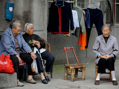 China reveals income gap statistics after 12 year of silence
