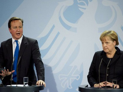 German Chancellor Angela Merkel and Britain's Prime Minister David Cameron. (AFP Photo / Odd Andersen)