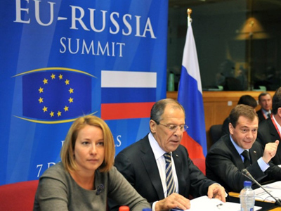 EU signs up to back Russian WTO accession
