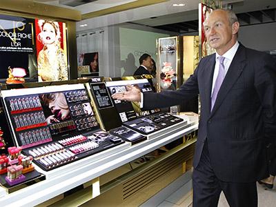 Cosmetics company L'Oreal chief executive Jean-Paul Agon. (Reuters / Charles Platiau)