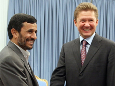 Iranian President Mahmoud Ahmadinejad and Gazprom chairman Aleksey Miller (AFP Photo / Atta Kenare)