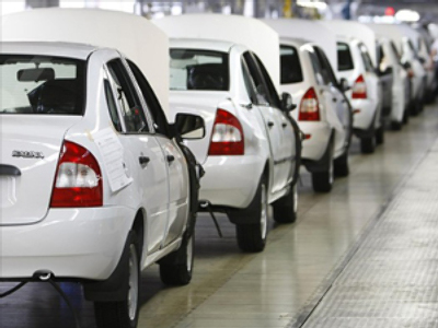 Government looks to shield Avtovaz employees from worst effects of restructure