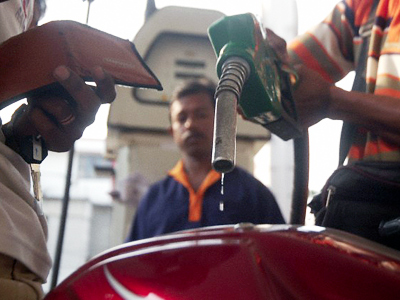 India may start using rupees for oil settlements since July