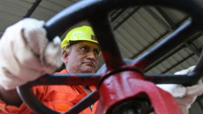 A technician of ONGC.(REUTERS / Amit Dave)