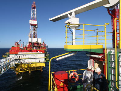 Lukoil eyes Arctic deal with Rosneft