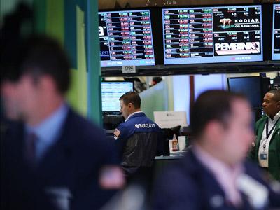 Market Buzz: Indices zigzag after Bernanke's Fed speech