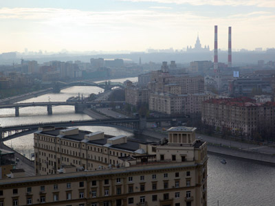 A view on Tarasa Shevchenko Embankment and the Moskva River from the Moscow City Hall. RIA NOVOSTI / Sergey Mamontov