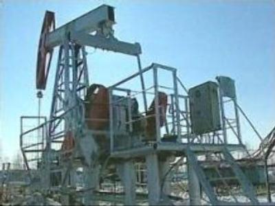 Oil titans team up