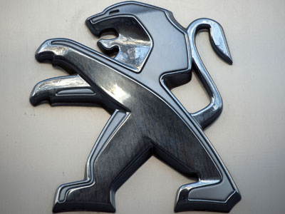 Peugeot unveils plan to save 1.5 billion euro
