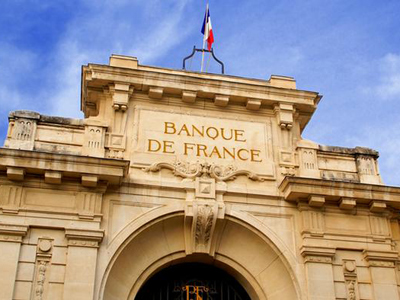 France to slide into recession says central bank
