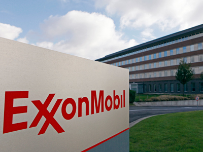 Rosneft and ExxonMobil team up to tap tight oil in Siberia