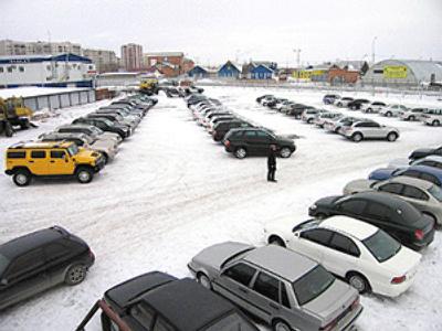 Car sales slump rolls through into 2010