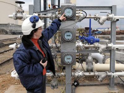 Russian investors win right to develop Rotterdam oil terminal