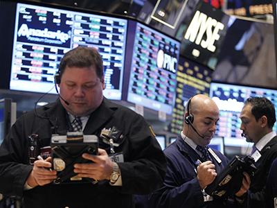 Market Buzz: Negative vibrations abroad drag down Russian stocks