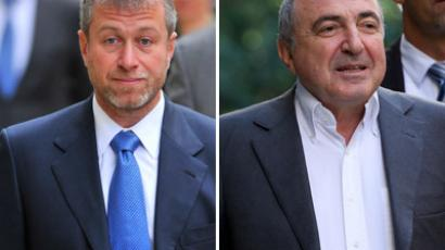 Russian billionare Roman Abramovich (L) and russian oligarch Boris Berezovsky (Reuters/AFP Photo/Toby Melville/Andrew Cowie)