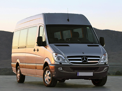 Daimler teams up with GAZ to spur Russian commercial vehicles