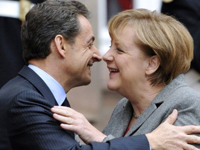 Nicolas Sarkozy and Angela Merkel (AFP Photo / Eric Feferberg)