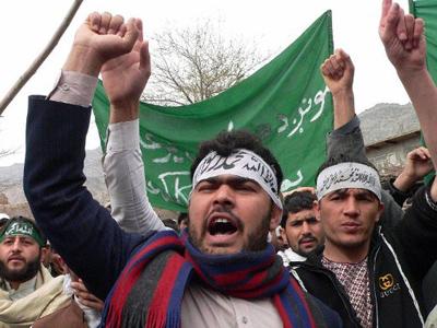 Afghan protestors shout anti-US slogans during a demonstration in Jalalabad, capital of Nangarhar province on March 13, 2012 (AFP Photo / Noorullah Shirzada)