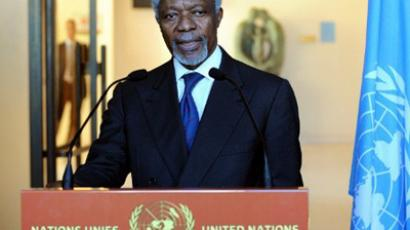 Kofi Annan speaks to the press on March 16, 2012 in Geneva  (AFP Photo / Philippe Merle)
