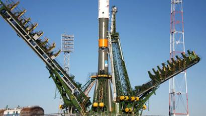 Soyuz crew launched into space