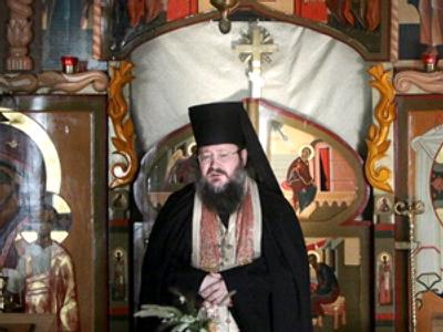 Bishop Diomid (AFP Photo / Natalia Kolesnikova)